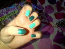 glasto nails