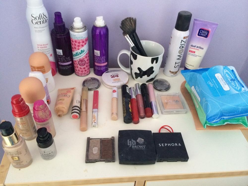 My make up dresser